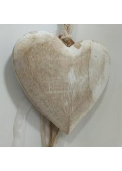 Drevené srdce s korálkami