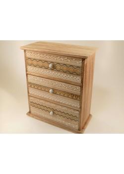 Drevená krabička s 3 šuflíkmi s ornamentami