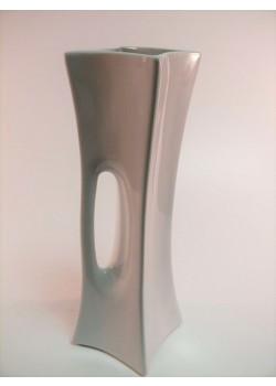 Váza biela stredná